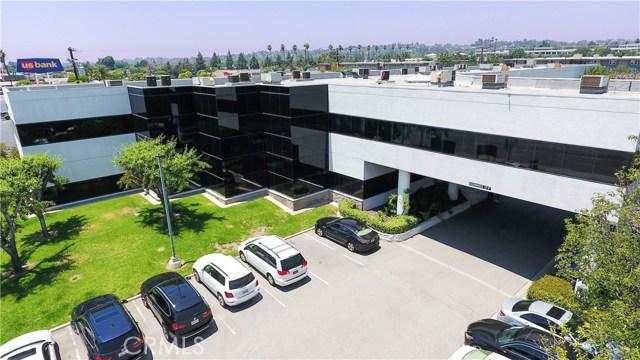 2501 E Chapman Avenue 101, Fullerton, CA 92831