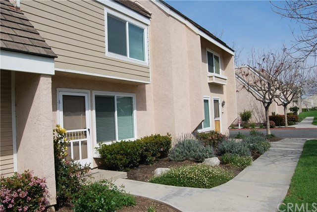 6 Greenleaf 14, Irvine, CA 92604