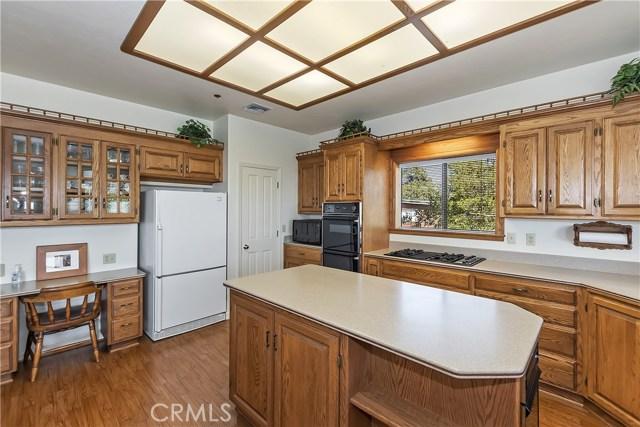 33100 Holcomb Creek Dr, Green Valley Lake, CA 92341 Photo 11