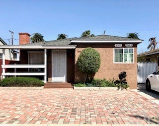 2740 Easy Avenue, Long Beach, CA 90810