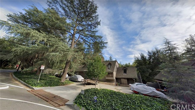 1871 Earlmont Avenue, La Canada Flintridge, CA 91011