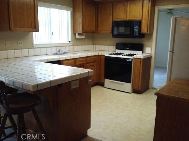 13272 Littlehorn Road, Lake Elizabeth, CA 93532