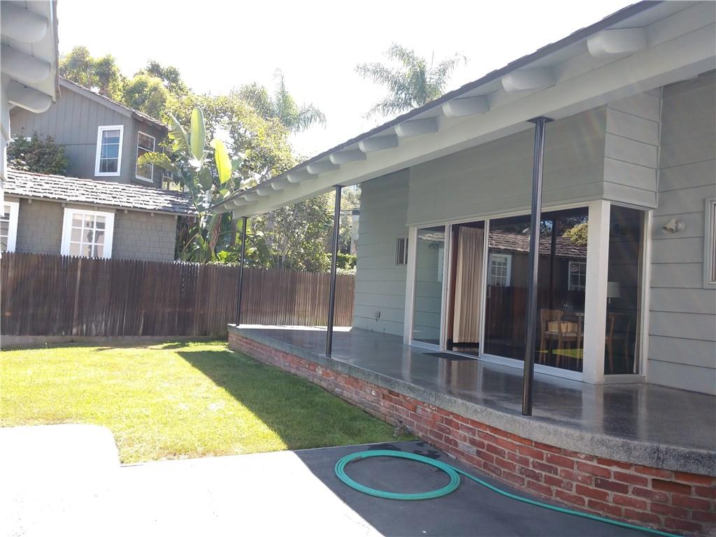 267 Entrada Drive, Santa Monica, CA 90402