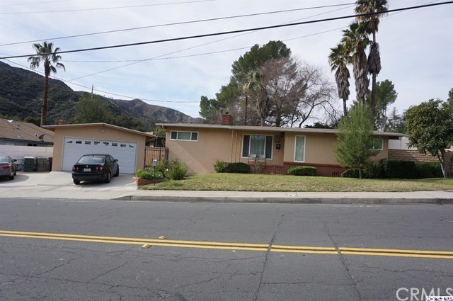 4135 Lowell Avenue, Glendale, CA 91214