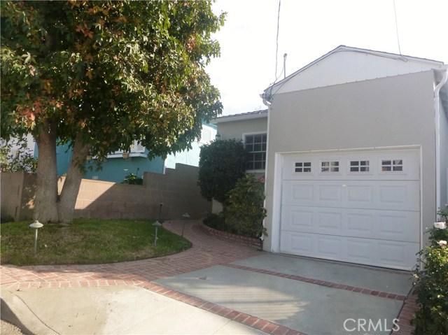 1206 1st Street, Hermosa Beach, California 90254, 2 Bedrooms Bedrooms, ,1 BathroomBathrooms,For Sale,1st,SB20232660