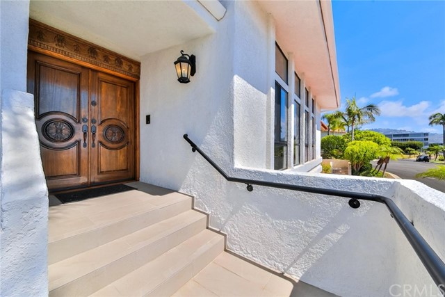 6409 Vista Pacifica, Rancho Palos Verdes, California 90275, 4 Bedrooms Bedrooms, ,3 BathroomsBathrooms,For Sale,Vista Pacifica,TR17229688