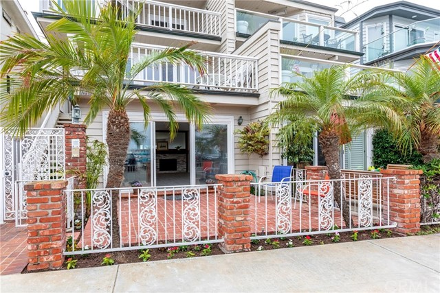 1815 W Bay Avenue 1, Newport Beach, CA 92663