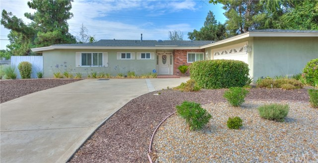 1131 Hillsdale Drive, Claremont, CA 91711