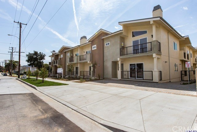 2454 Montrose Avenue 8, Montrose, CA 91020