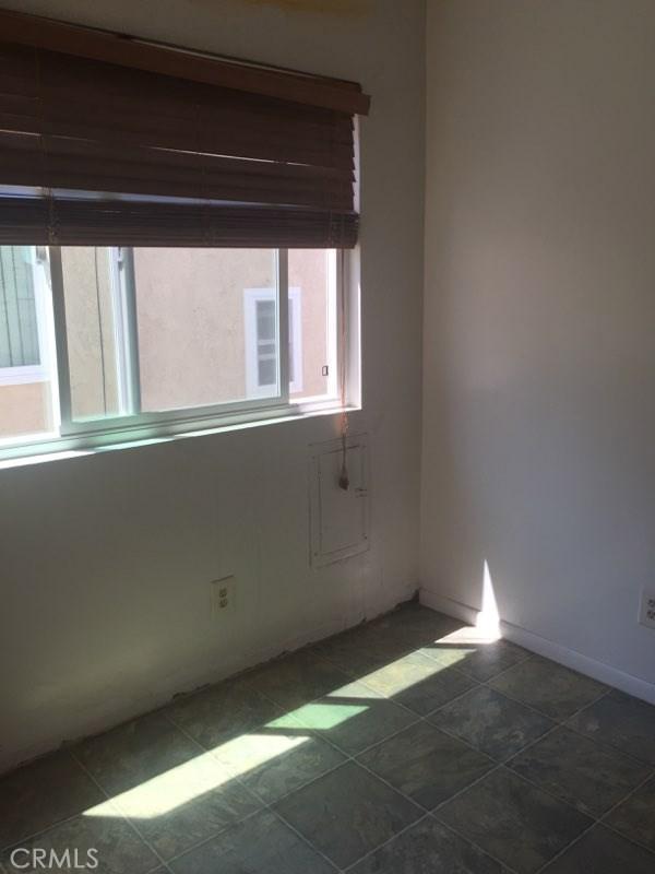 220 Juanita Avenue 4, Redondo Beach, California 90277, 1 Bedroom Bedrooms, ,1 BathroomBathrooms,For Rent,Juanita,SB19160264