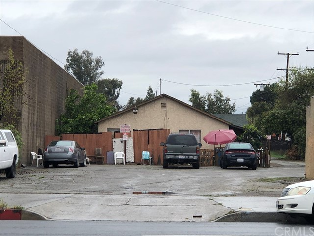 1753 E Mission Boulevard, Pomona, CA 91766