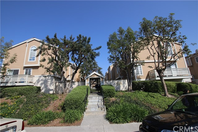 21928 Belshire Avenue, Hawaiian Gardens, CA 90716