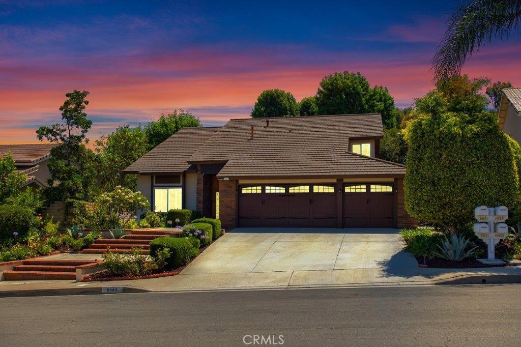 6624   E Leafwood Drive, Anaheim Hills CA 92807