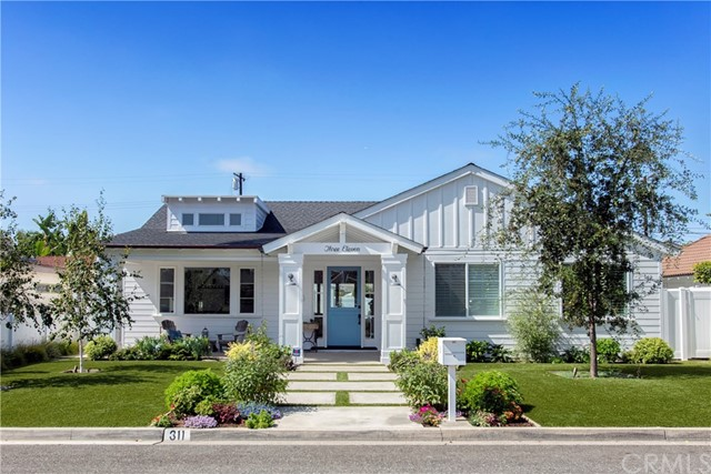 311 Walnut Street, Costa Mesa, CA 92627