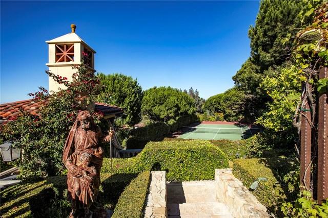 11. 705 Via La Cuesta Palos Verdes Estates, CA 90274