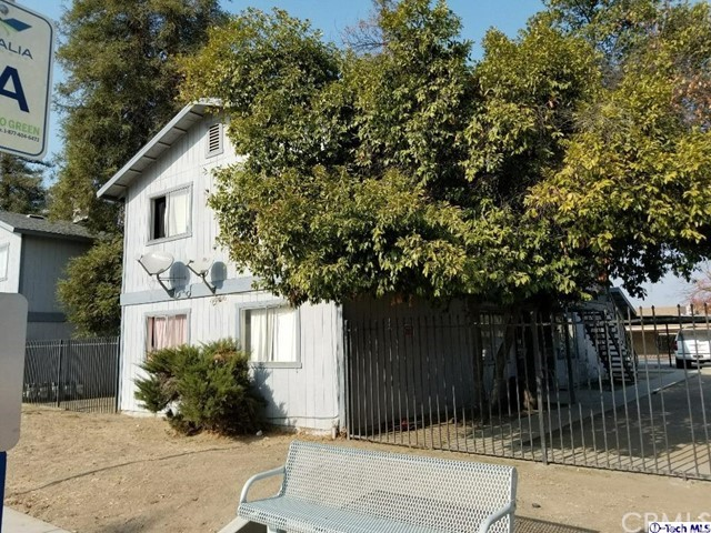 642 E Houston Avenue, Visalia, CA 93292