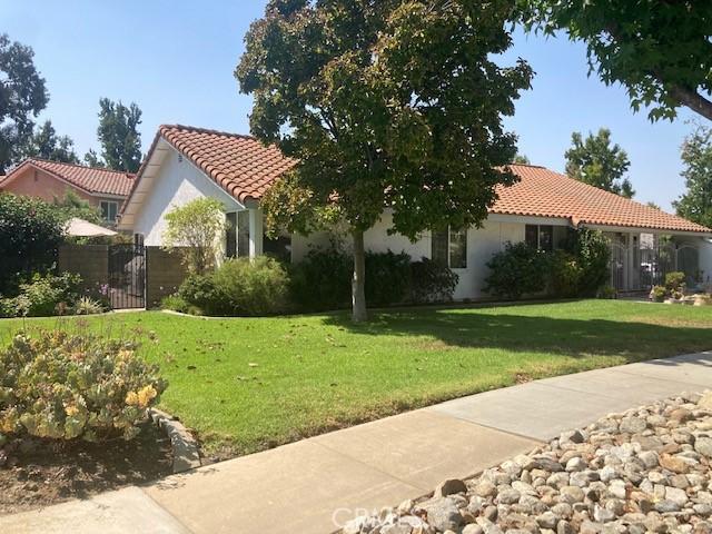 Photo of 1814 Lakewood Avenue, Upland, CA 91784