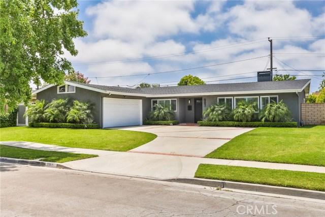 2915 Ellesmere Avenue, Costa Mesa, CA 92626