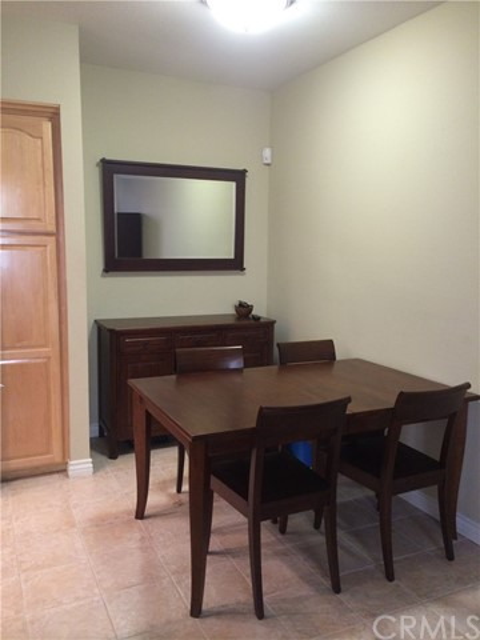 64 Costero Aisle, Irvine, California 92614, 2 Bedrooms Bedrooms, ,2 BathroomsBathrooms,Condominium,For Lease,Costero Aisle,OC19008450
