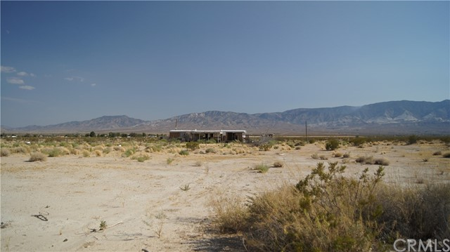 37023 Rabbit Springs Rd, Lucerne Valley, CA 92356 Photo 3