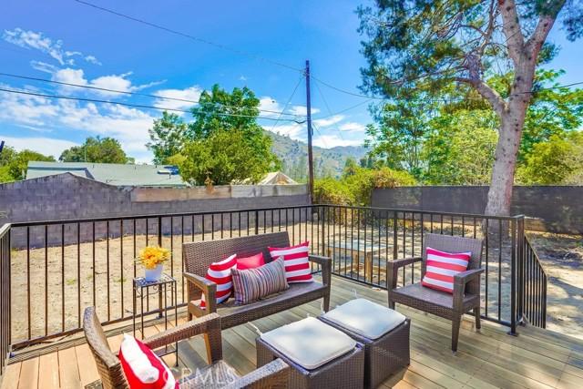 47. 3954 N Sequoia Street Atwater Village, CA 90039