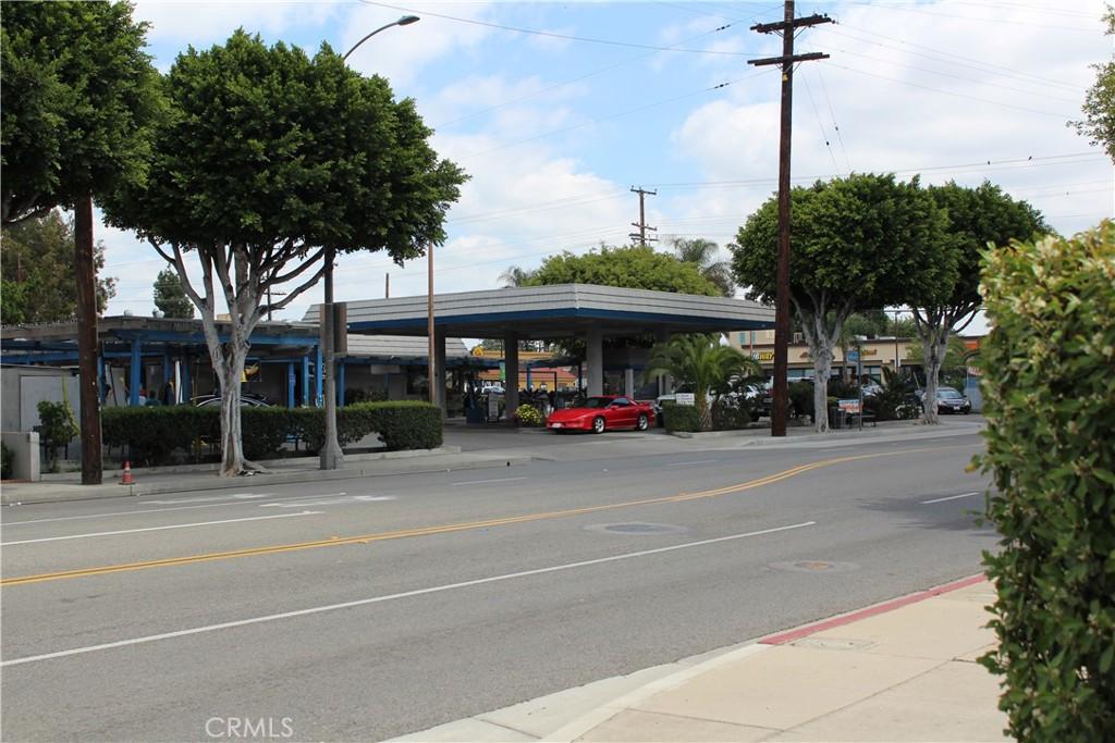 Photo of 1001 W Commonwealth Avenue, Fullerton, CA 92833