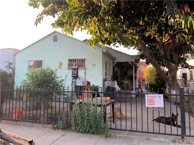 709 E 81st Street, Los Angeles, CA 90001