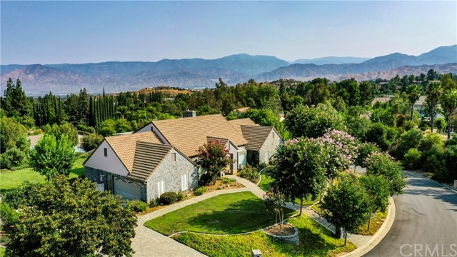 12900 Hilary Way, Redlands, CA 92373