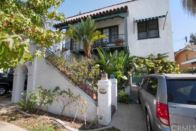 1054 Ximeno Avenue, Long Beach, CA 90804