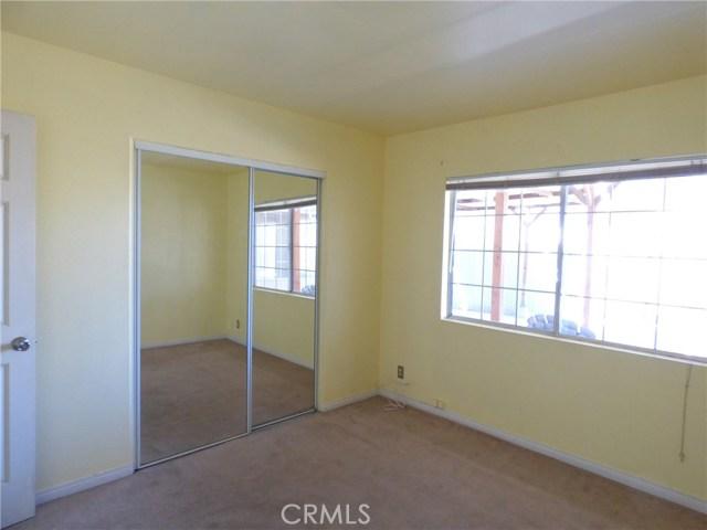 10974 Adobe Rd, Oak Hills, CA 92344 Photo 12