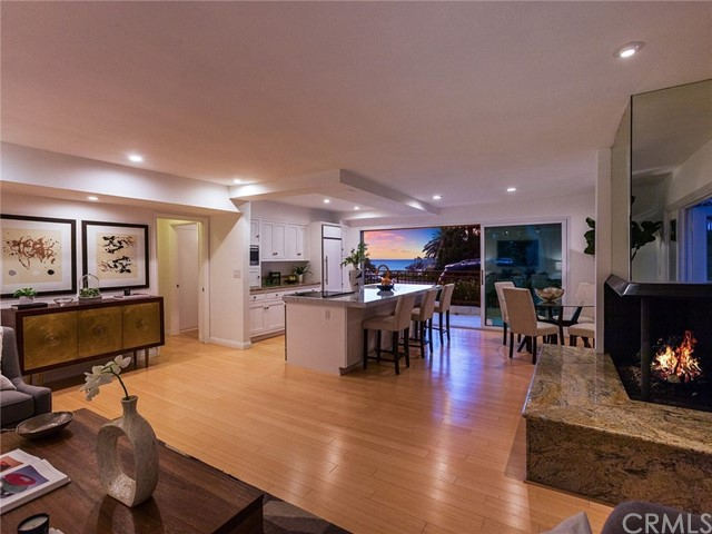 496 Cliff Drive 3, Laguna Beach, CA 92651