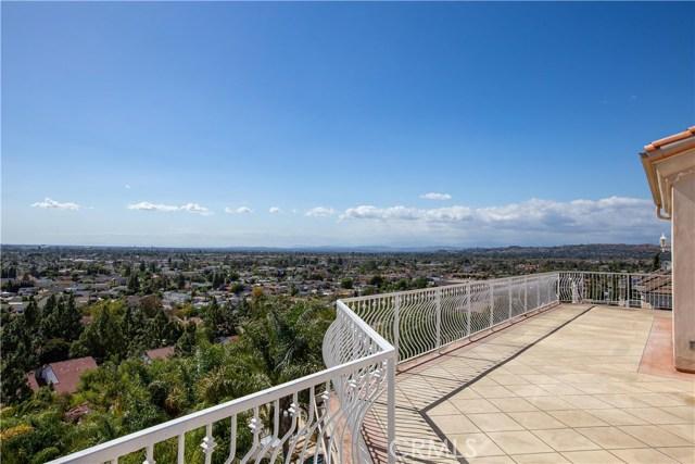 12296 Circula Panorama, Santa Ana, CA 92705