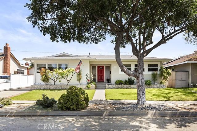 3172 Ostrom Avenue Long Beach, CA 90808