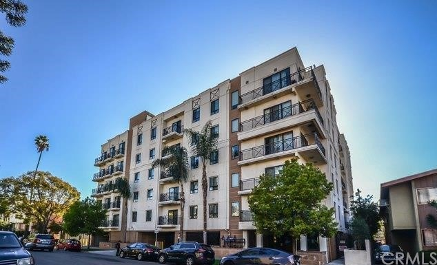 311 S Gramercy Place 402, Los Angeles, CA 90020