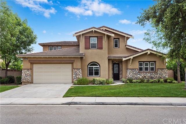 18418 Lakepointe Drive, Riverside, CA 92503