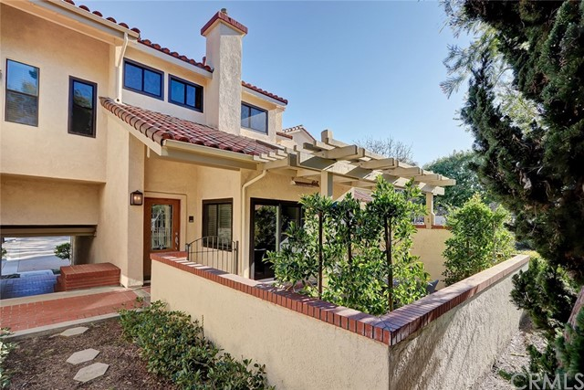 28 San Miguel Court, Manhattan Beach, CA 90266