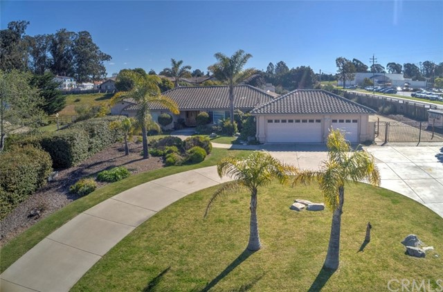 595 Pinecone Way, Arroyo Grande, CA 93420