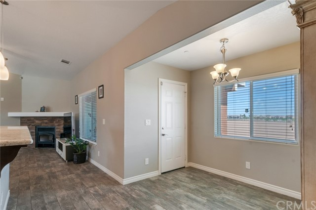 13470 Cromdale St, Oak Hills, CA 92344 Photo 15