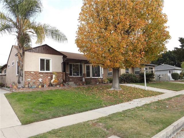 5853 Eckleson Street, Lakewood, California 90713, 3 Bedrooms Bedrooms, ,2 BathroomsBathrooms,Single family residence,For Sale,Eckleson,SB18290913