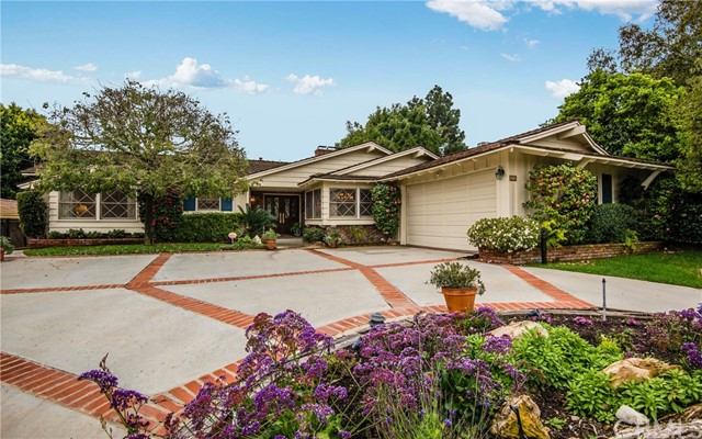 32 Santa Bella Road, Rolling Hills Estates, California 90274, 4 Bedrooms Bedrooms, ,2 BathroomsBathrooms,For Sale,Santa Bella,PV19054276