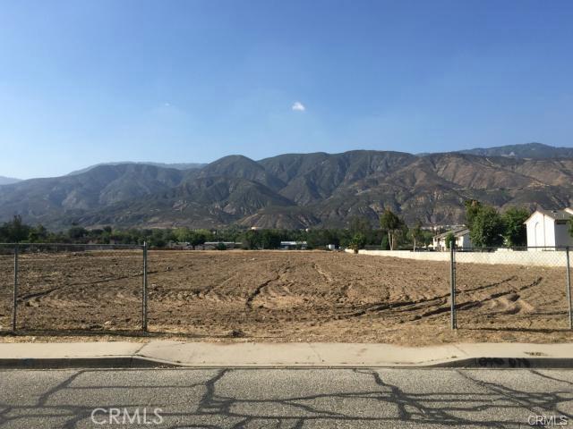 746 W 44th Street W, San Bernardino, CA 92407