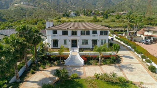Photo of 2541 Mountain Drive, Upland, CA 91784