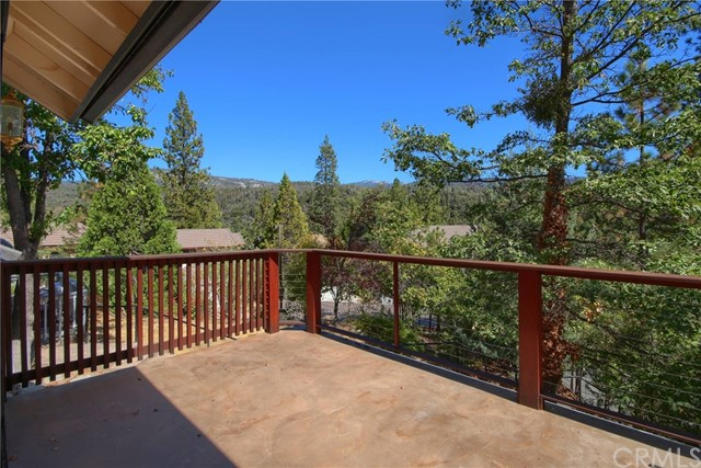 40576 Saddleback Road, Bass Lake, CA 93604