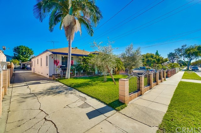 6610 Vinevale Avenue, Bell, CA 90201