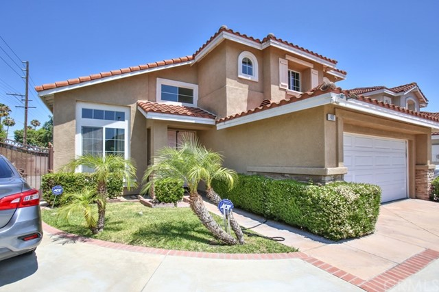 417 Summer Lane, Santa Ana, CA 92703