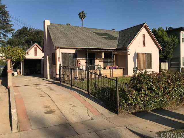 1642 N Lake Av, Pasadena, CA 91104 Photo 1