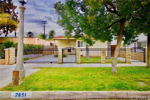 2851 6th Street, Riverside, CA 92507