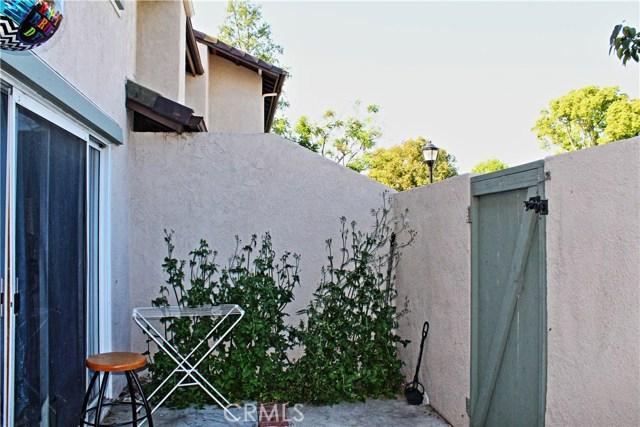 48 Exeter, Irvine, CA 92612 Photo 3