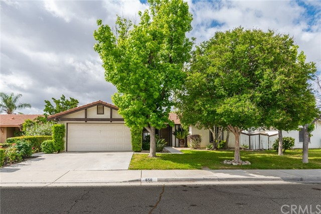 650 Carmen Drive, San Jacinto, CA 92583