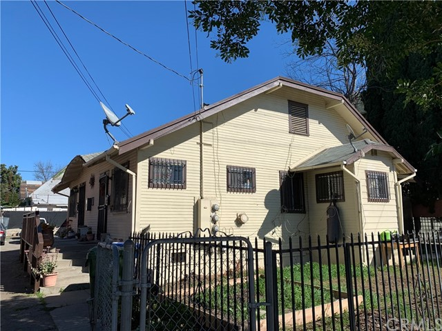 1851 W 12th Street, Los Angeles, CA 90006